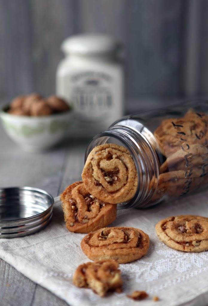 walnut honey cookies