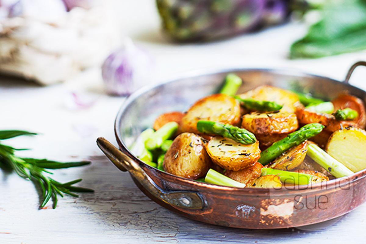 Mediterrane Spargel Kartoffel Pfanne