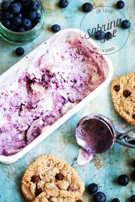 Bluebeery Cheesecake Ice Cream