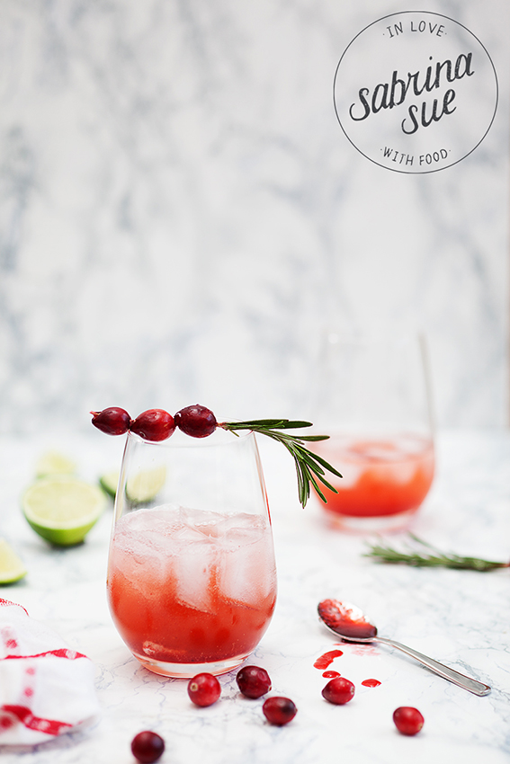 Cranberry Rosmarin Shrub