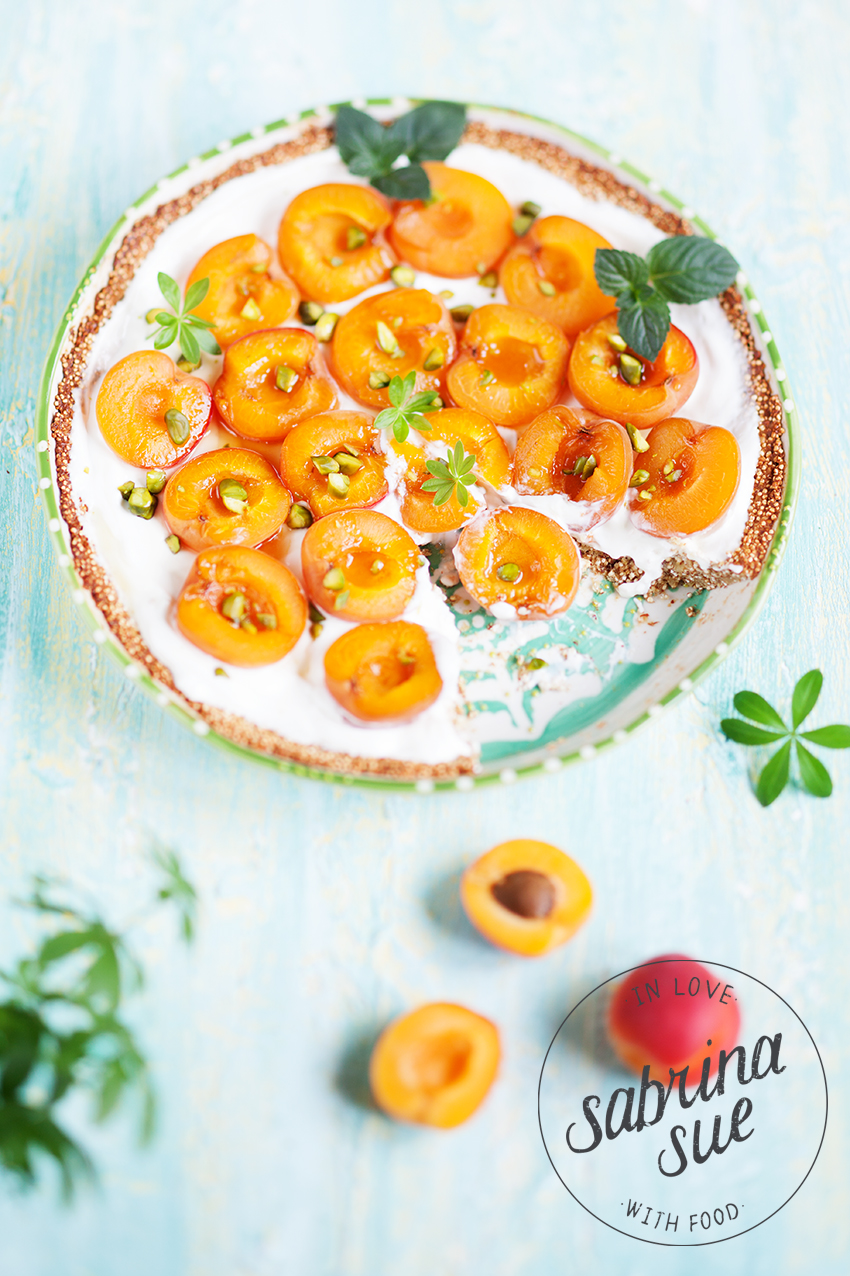 Griechische Aprikosen-Quinoa Tart