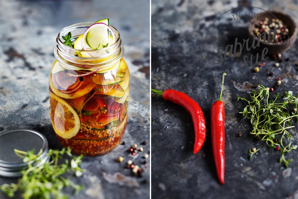 scharfe zucchini s sauer eingelegt sabrinasue in love with food. Black Bedroom Furniture Sets. Home Design Ideas