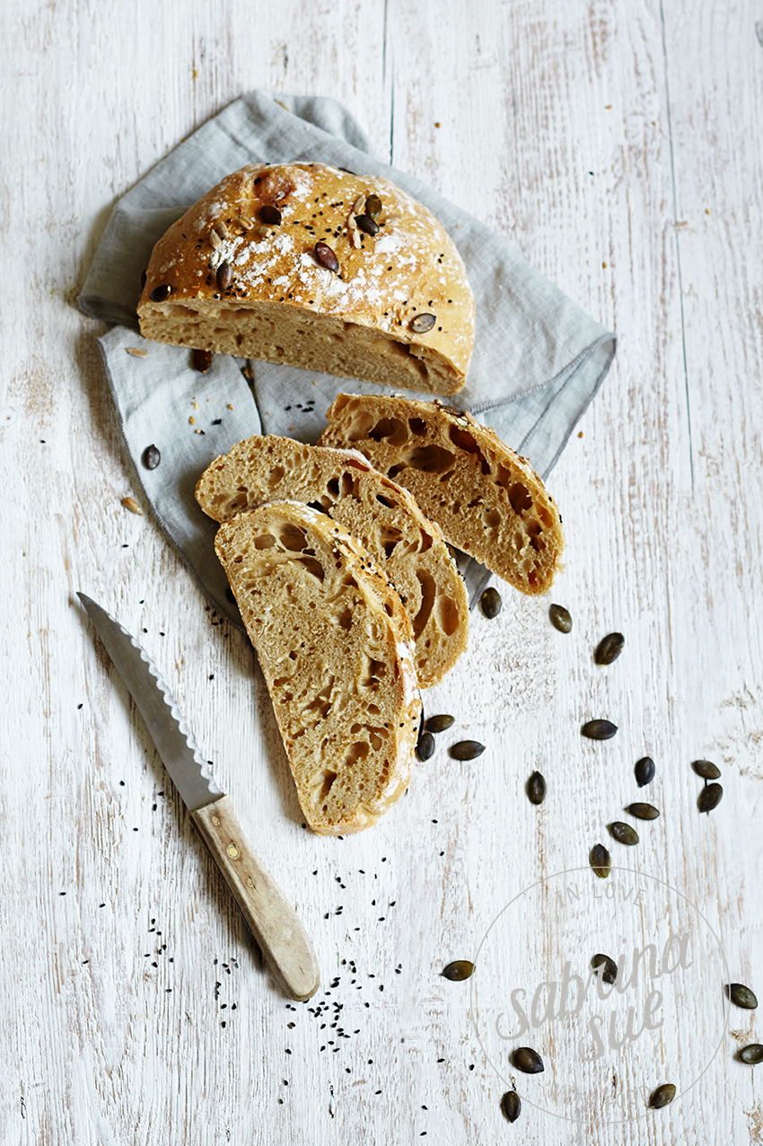 Osterbrot-no-knead-bread
