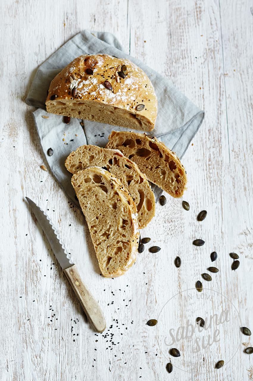 Osterbrot-no-knead-bread