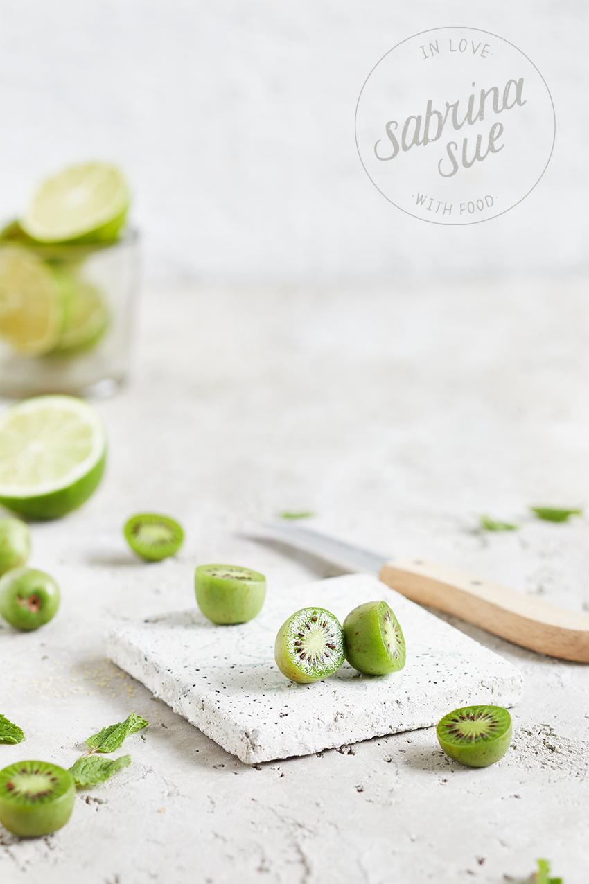Kiwi Berry Mojito