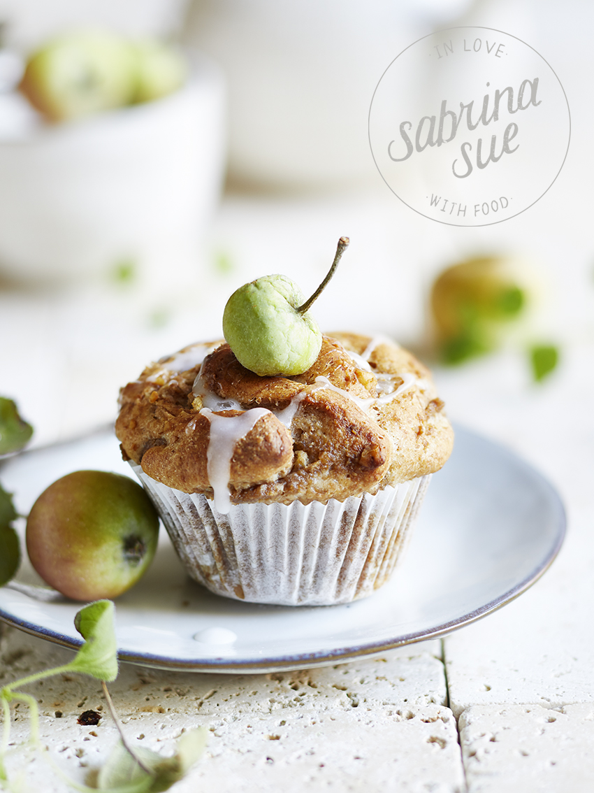 Apple Cinnamon Walnut Muffins