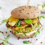 Hawaii Brokkoli Burger mit Curry Mayonnaise
