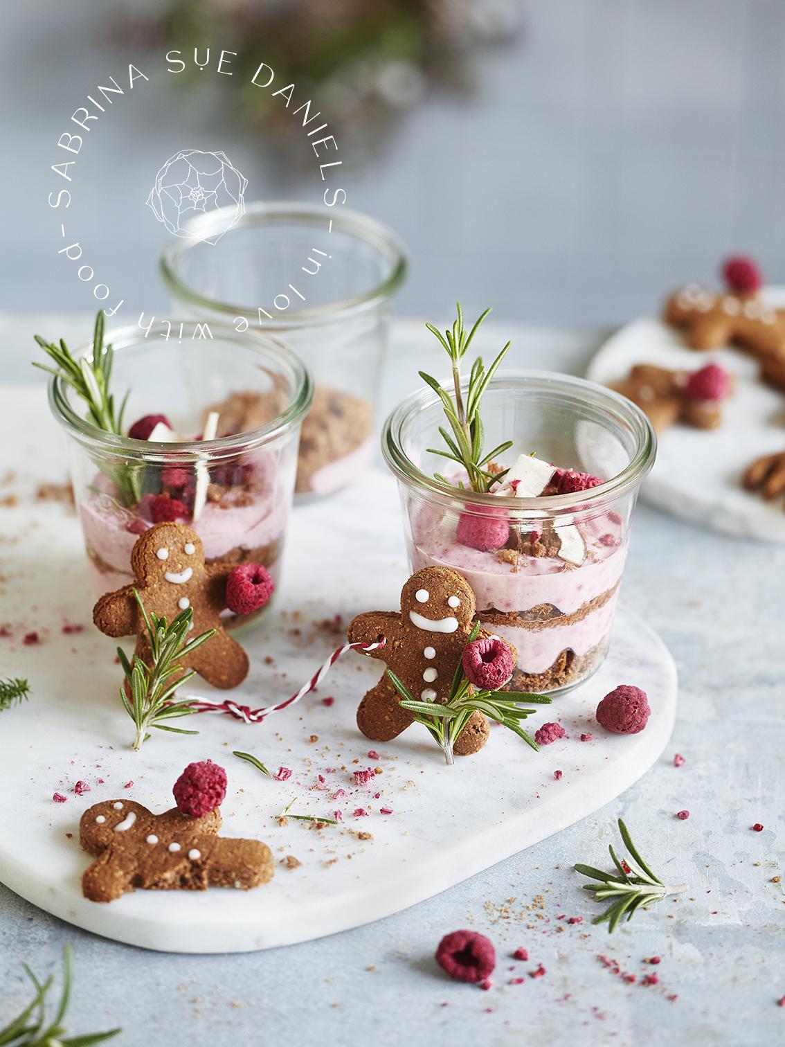 Weihnachtsdessert im Glas