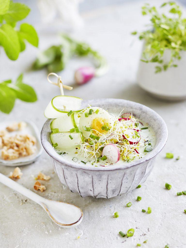 Kalte Radieschen-Buttermilch Suppe