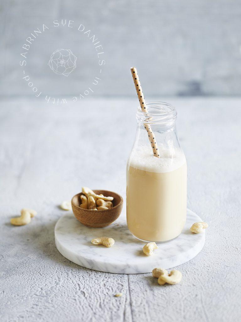 pflanzliche Milch Cashewmilch-Pflanzenmilch