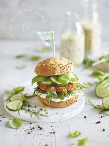 Zucchini-Bell Pepper Bulgur Burger with Hemp seeds (vegan, vegetarian)